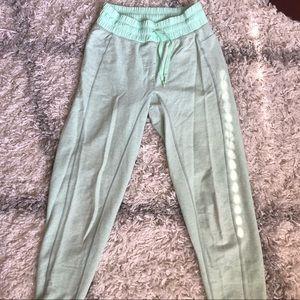 Lululemon Mint Green Jogger Sweats Size 4